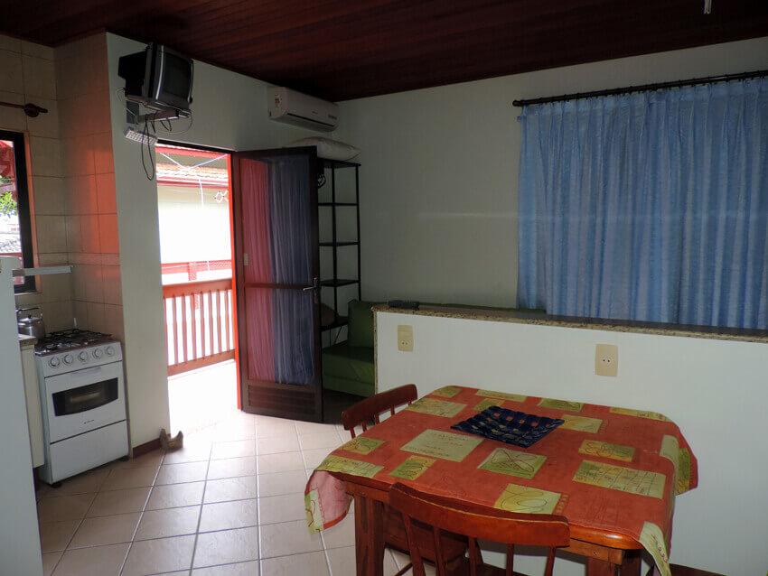 Prédio Vermelho - Sala/cozinha apto casa